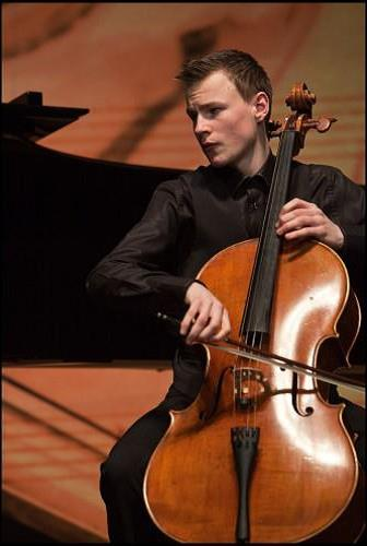 Concertagenda - melle-de-vries-cello.jpg